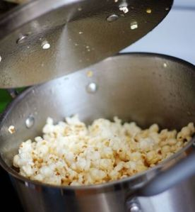 popcorn in pot